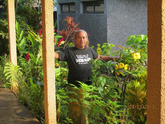 Hotel Orongo: Raul- Manager, Cook and total Gentleman- Orongo Hotel