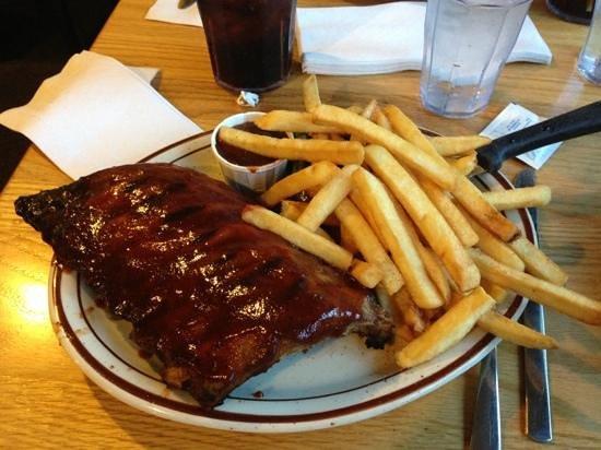 Burgers Restaurant: the ribs