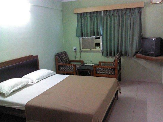 Hilltop Hotel: ac rooms
