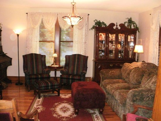 The Minnis House Inn & Guest Cottage: The Minnis House Country Inn, New Market, Tennessee