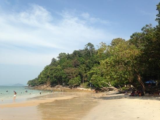 Pasir Tengkorak Beach: pantai pasir tengkorak