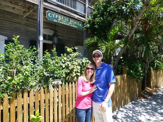 Cypress House Hotel : Key West: My son and wife enjoying the Cypress house