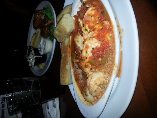 Roadhouse 101: Cioppino happy hour $3.95 and delicious!