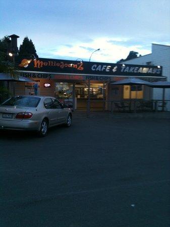 Melliejoanz Cafe & Takeaways: Melliejoanz Cafe 7