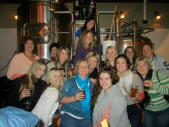 Galena Brewing Company : Party goers