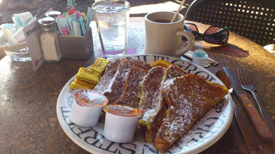 Greenstreet Cafe: Wheat French Toast