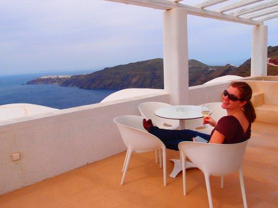 Rocabella Santorini Resort & Spa: wife, porch and view.