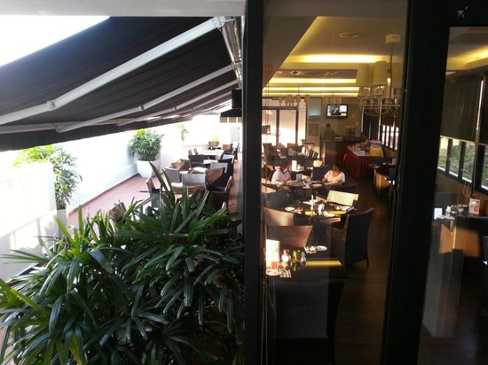 The Sterling Boutique Hotel Melaka: Dining area at rooftop