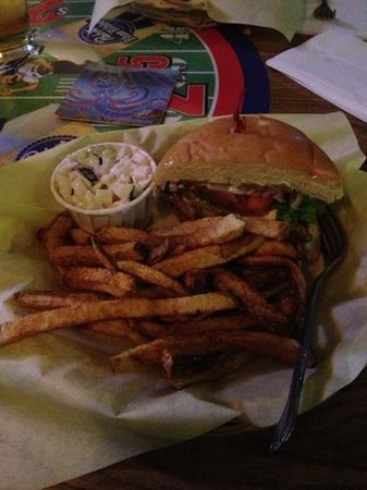 Relief Pitcher Tavern: wow! taste the burgers!