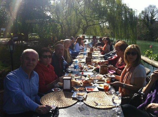 Park Mandalin: Sıcak ve Doğal ortamda kahvaltı