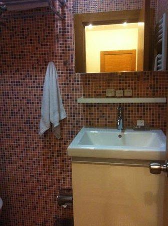 Taximtown Akaretler Residence: baño