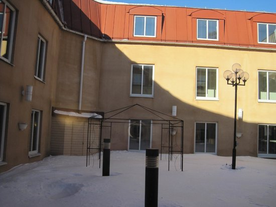 Clarion Collection Hotel Uman: Inner yard
