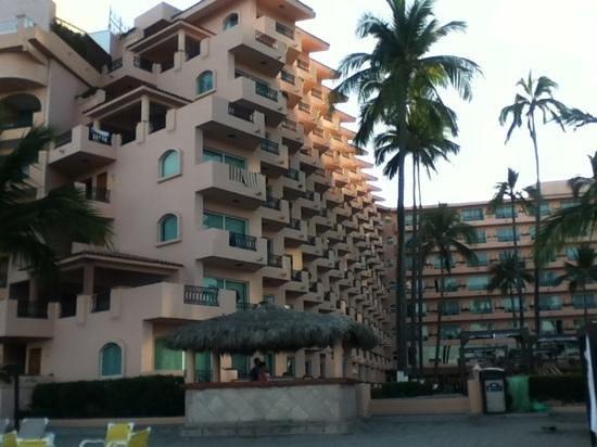 Crown Paradise Golden Resort Puerto Vallarta: Muy cuidado todo