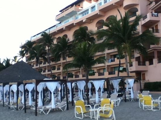 Crown Paradise Golden Resort Puerto Vallarta: playa
