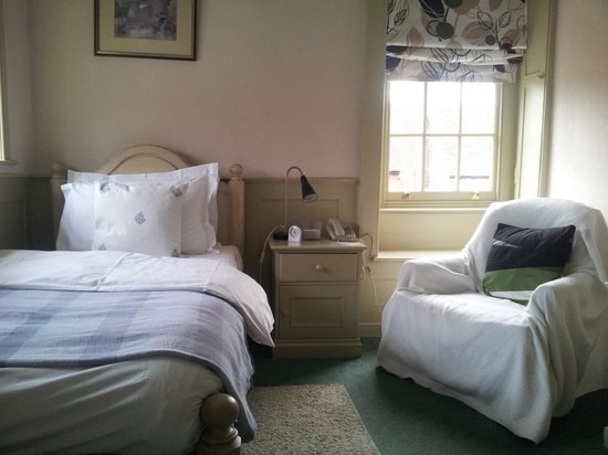The Old House Hotel: Single room