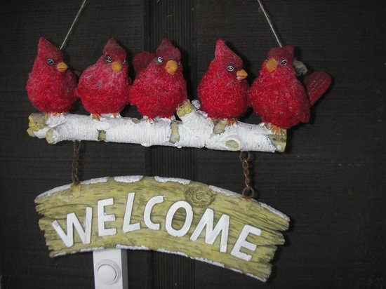 Girdwood Guest House: Welcome sign