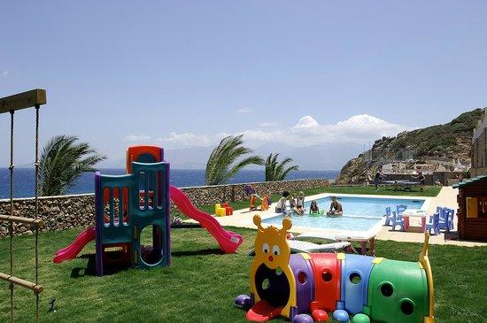 Blue Marine Resort & Spa : Pool area