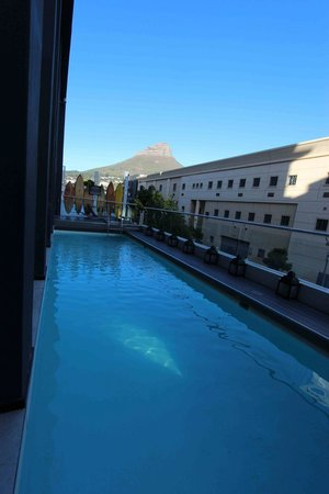 Protea Hotel Fire & Ice! Cape Town: Piscina