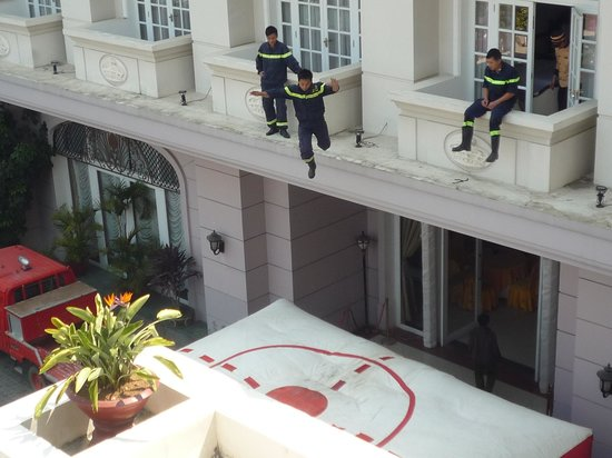 Sammy Dalat Hotel: local firemen doing a safety evacuation drill from the hotel rooms