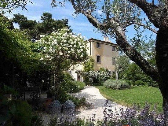 Fattoria San Martino: La Villa a Primavera