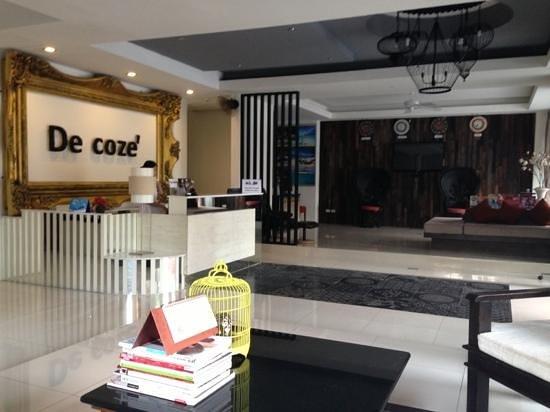De coze' Hotel: lobby area