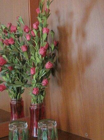 Mystic Hotel: flowers