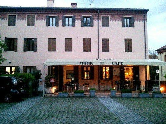 Mirik Cafe