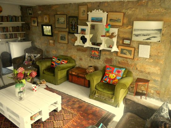 Stone Cottage: Oupa Jannie Lounge