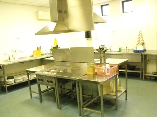 Belfast International Youth Hostel: Cozinha