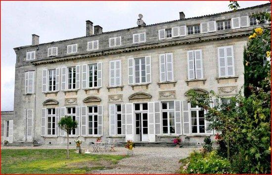 Logis Du Saulnier : Chateau le Saulnier
