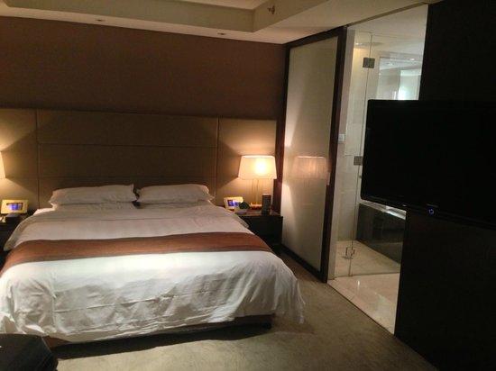 Yohol Hotel : beds