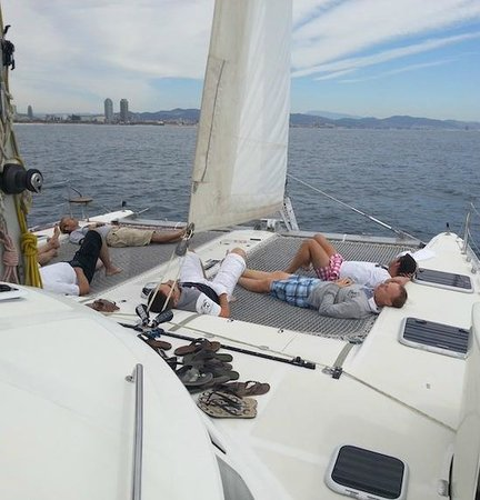 Hola! Bikes & Tours -  Day Tours: Relaxing at the catamaran: boat tours