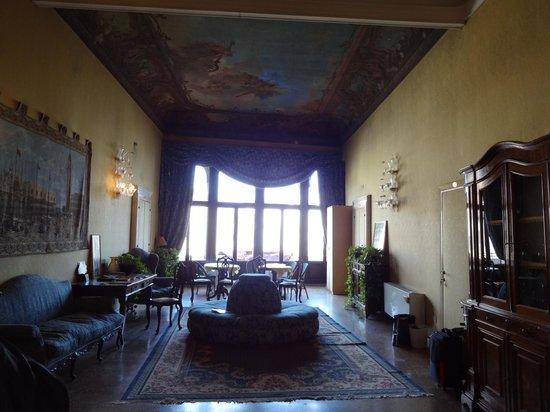 Residenza Ruga Giuffa: reception