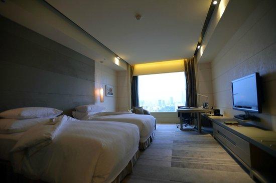 Hotel Nikko Saigon: Hotel room