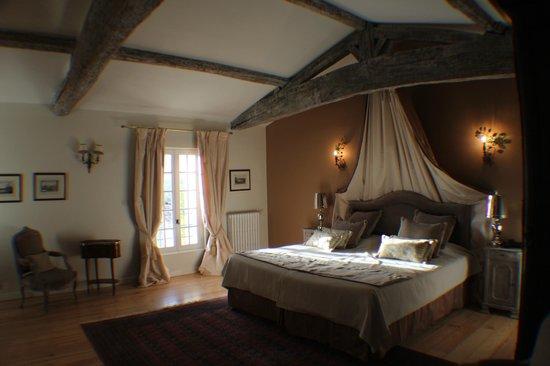 Chateau de Lantic: la chambre Roméo et Juliette