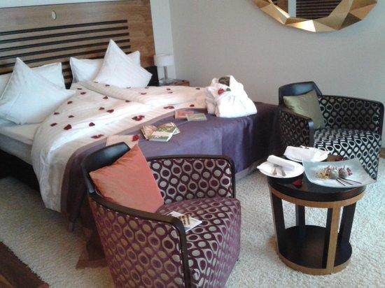 Art Deco Hotel Montana Luzern: Romantic room