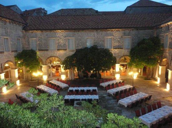 Klarisa Restaurant - Mediterranean delicacies: set up: Gala dinner