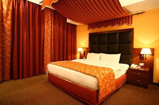 Markazia Suites: Suite Bedroom