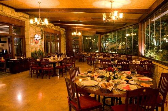 Le Grenier Restaurant Terrace