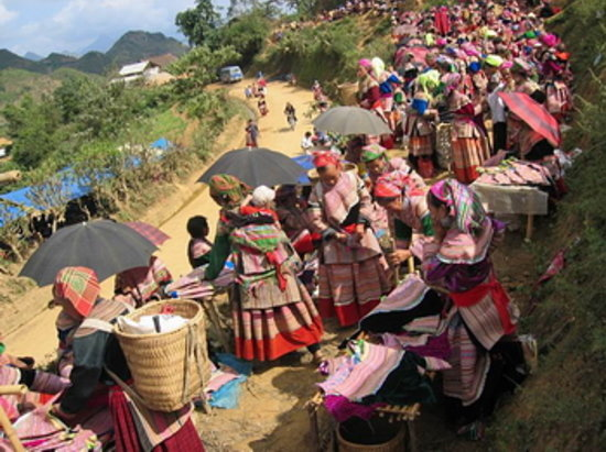 Can Cau Market Sapa 2019 All You Need To Know Before