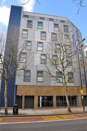 Star Hotels In Earls Court London