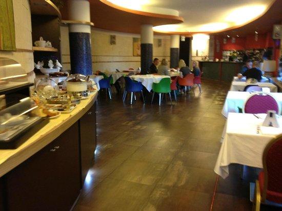 Pompei Resort: Dining room at breakfast