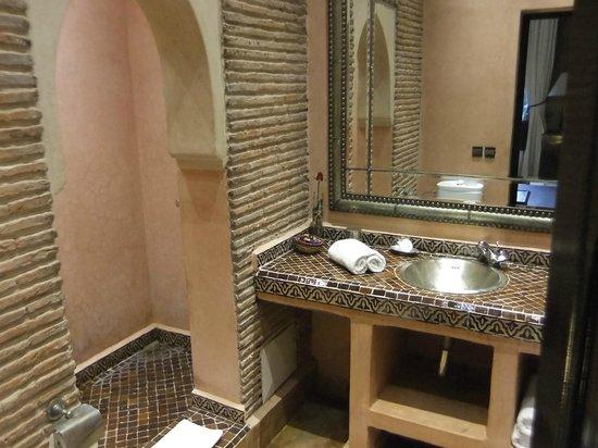 Riad Jawad: Bathroom