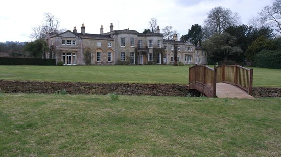 Harptree Court: Rear view