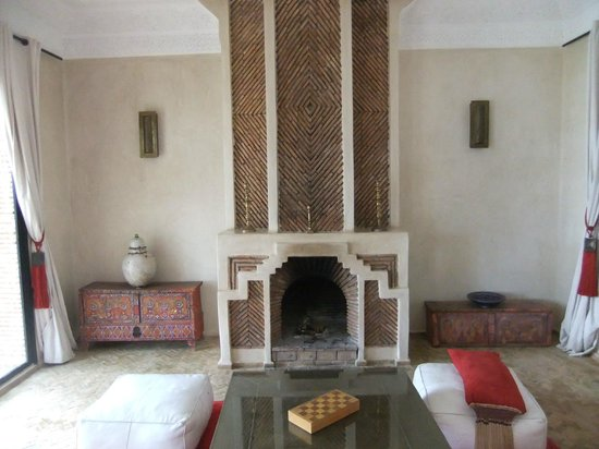 Riad Jawad: Fireplace for cold weather