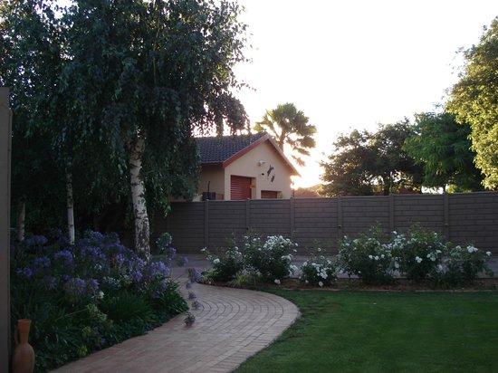 Sonyador Guesthouse: Garden