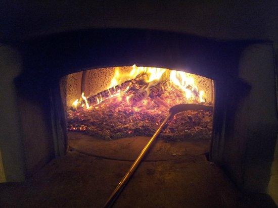 I'Poggiolo Di San Miniato: Forno al legna