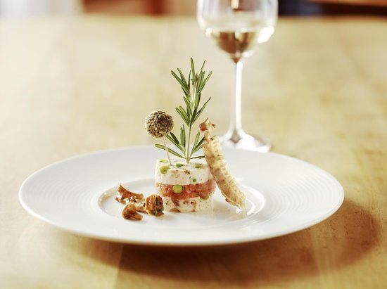 Boutique Hotel Schluessel: Delicious starter. No written menu, let the chef surprise you with his dish of the day.