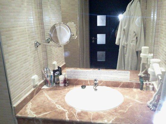 Hotel Almas: Salle de bain