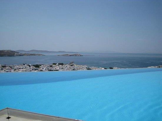 Vencia Hotel: pool